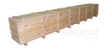 Caixa de madeira grande para transporte